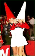 Dunce Cheerleaders