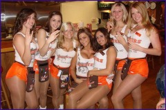 hooters shockers